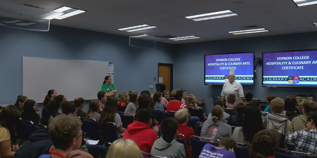 8th graders attend Youth Career Expo
