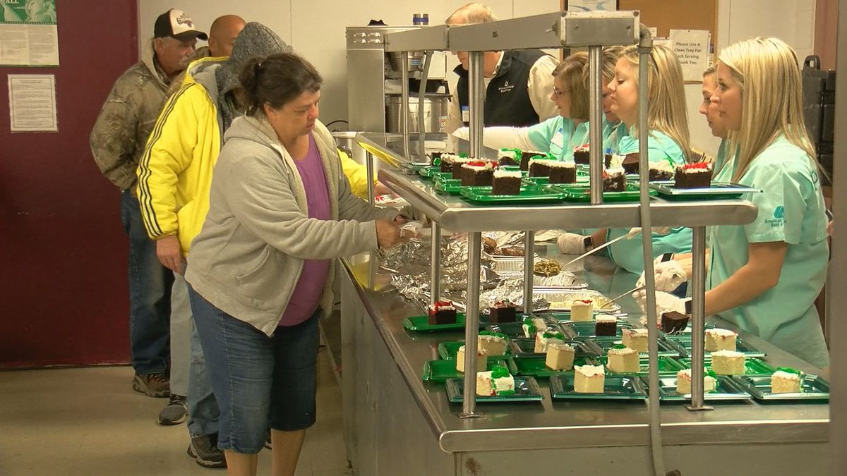 American National Bank serves lunch to Faith Mission residents