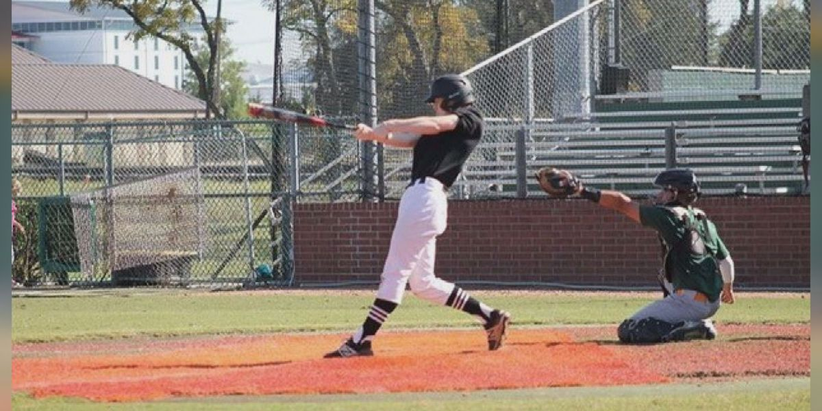 Senior Spotlight: Rider baseball