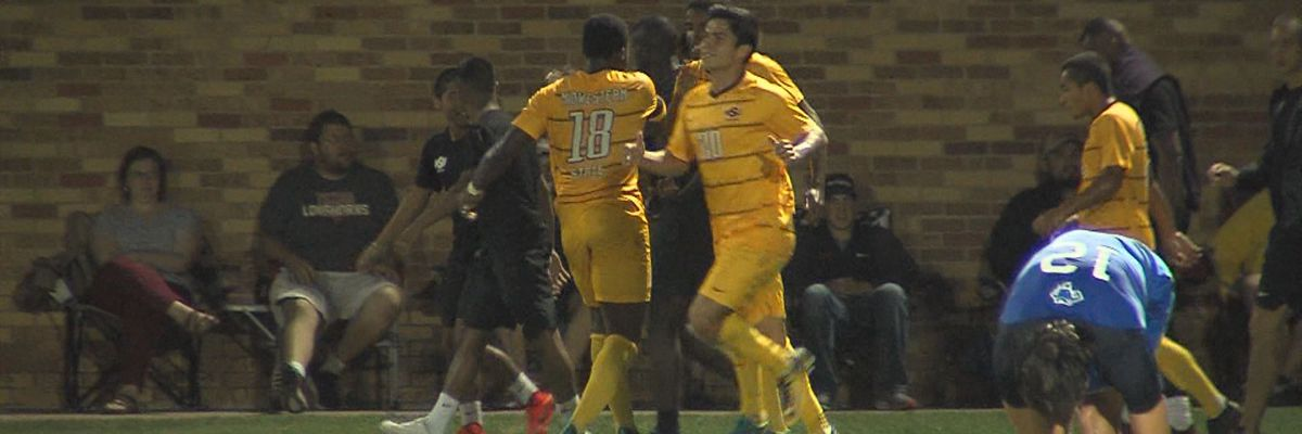 #1 MSU Texas stays undefeated with 3-1 win over #11 St. Mary's