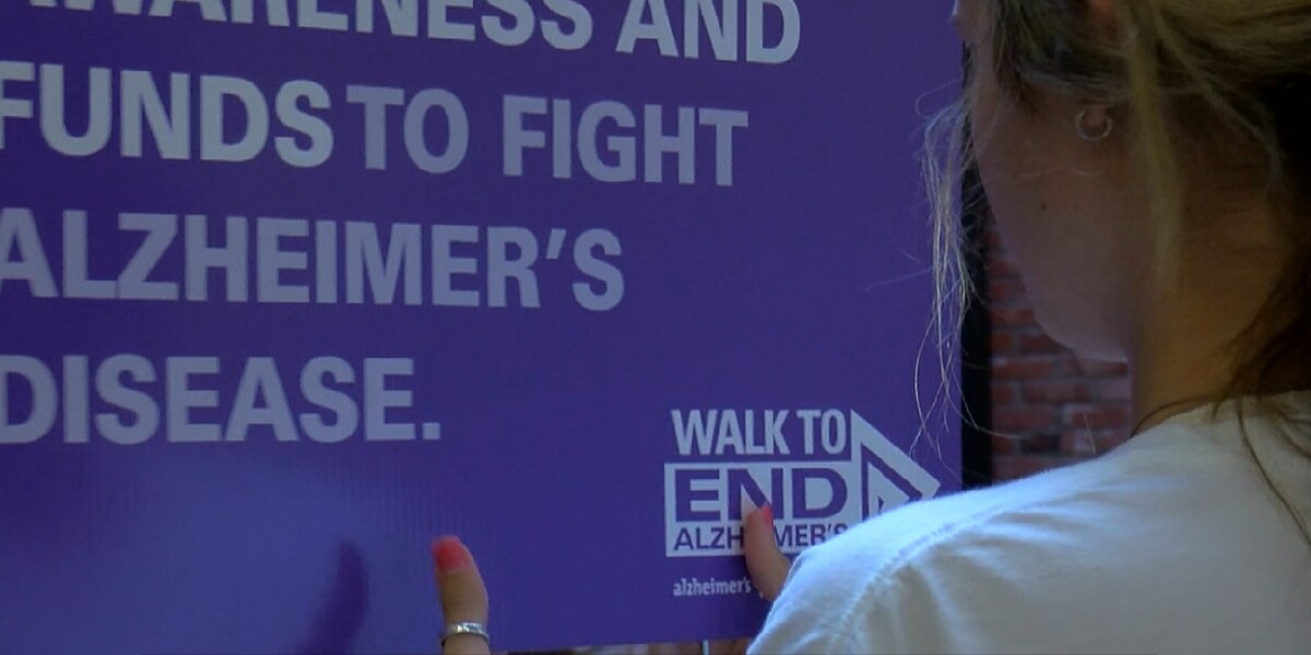 Volunteers prepare for Walk to end Alzheimer's