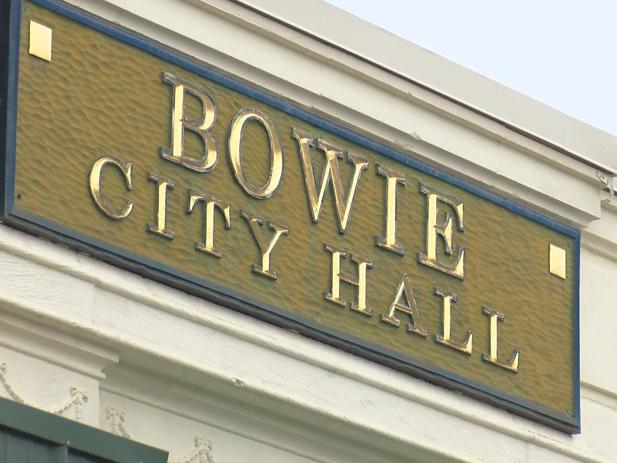 The city of Bowie rallies together after tornado