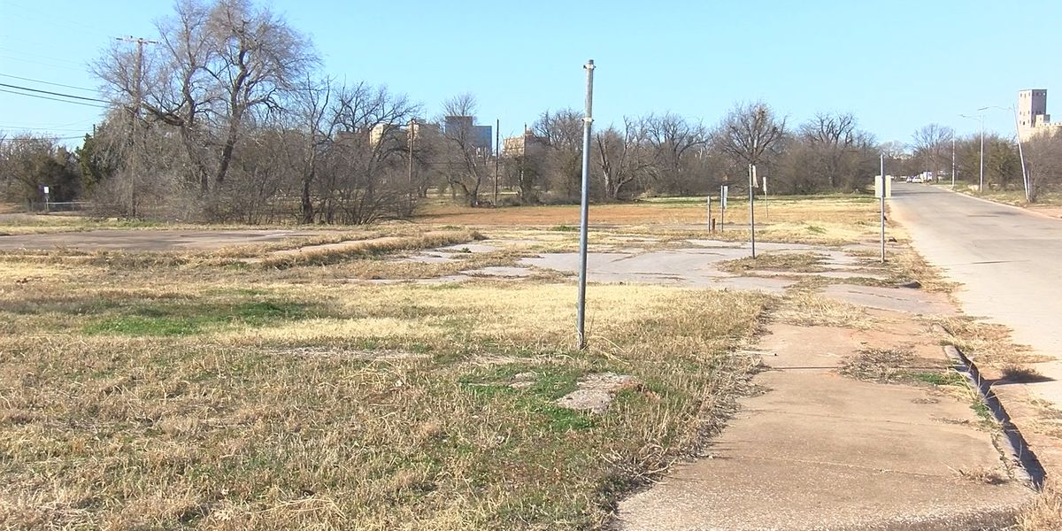 City: Know the law before you buy a vacant lot