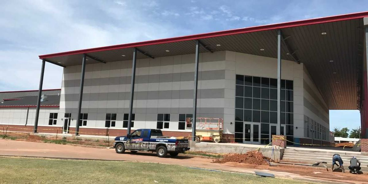 Ribbon cutting set for new school in Electra