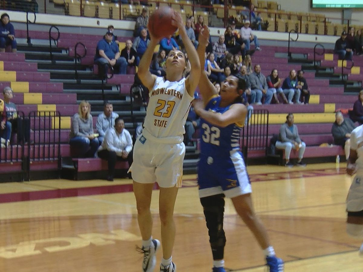 Mustangs swept despite career game for Withey, 22 from Harris