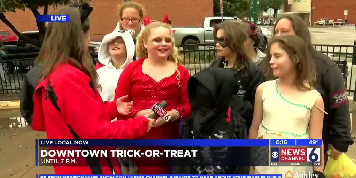 Splash and treat through Downtown Wichita Falls