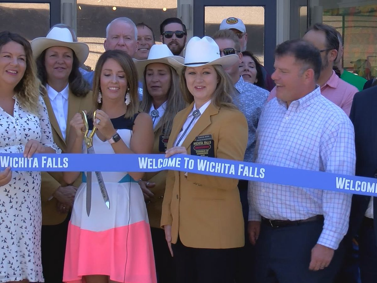 Downtown Development Center has grand opening