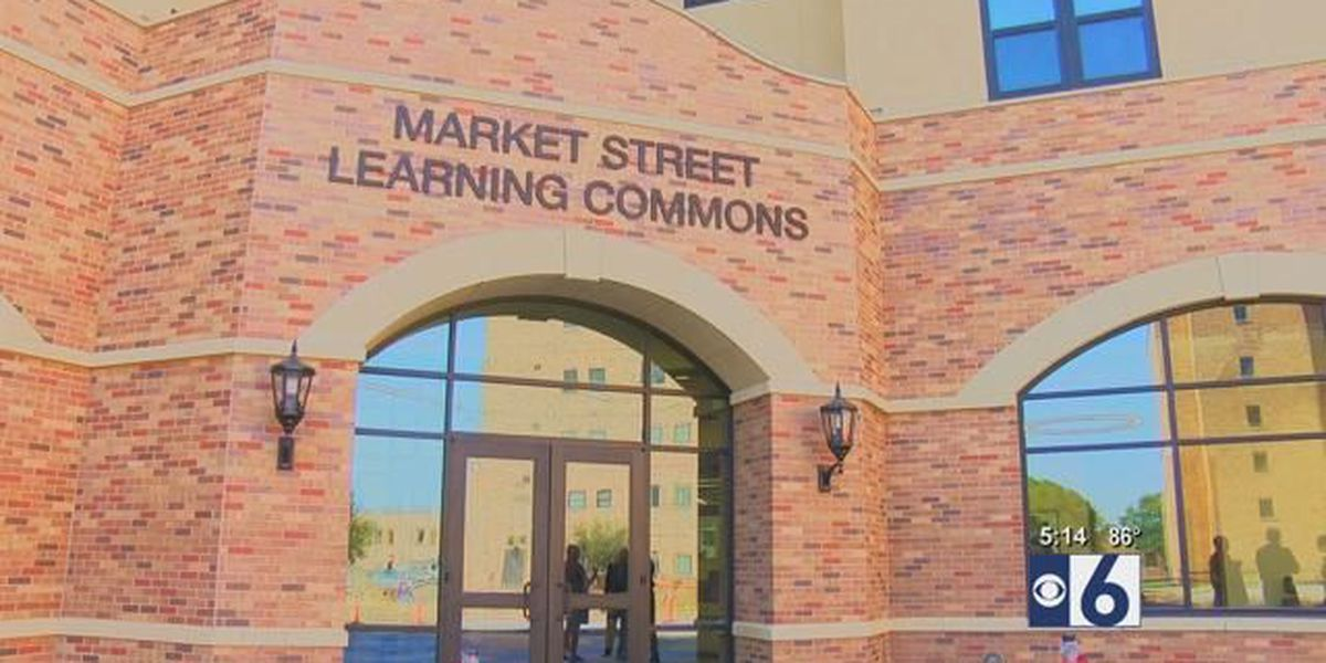 Midwestern State University holds ribbon cutting ceremony for new building