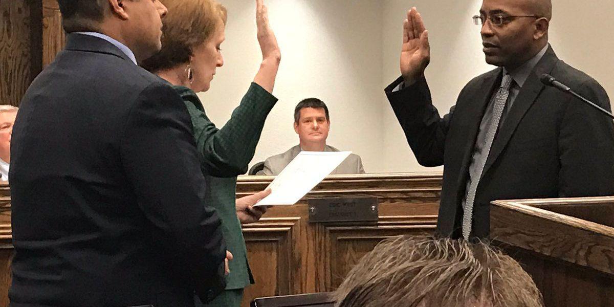 Wichita Falls City Council swears in new member