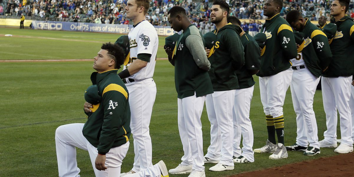 AP source: Mets to sign Bruce Maxwell, 1st MLB player to kneel