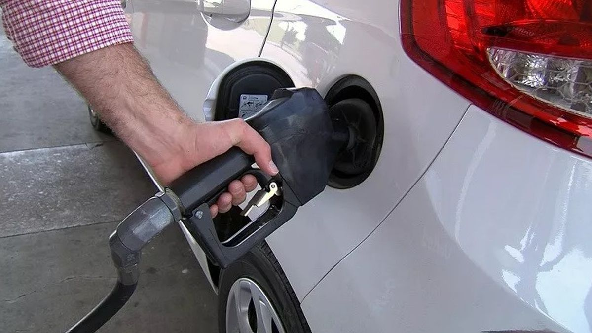Gas prices continue to climb in Texoma