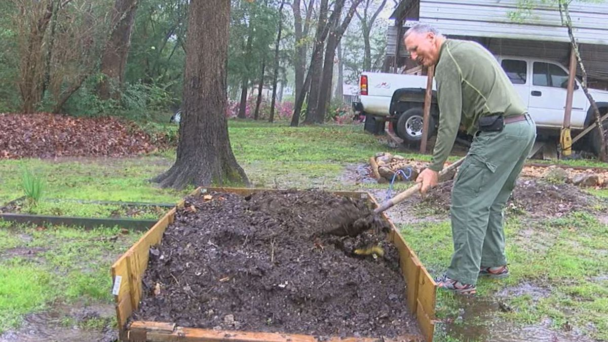WF plans free compost giveaway