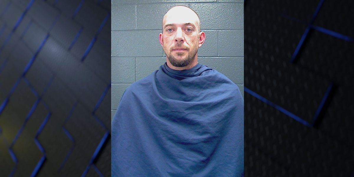 Local man causes commotion at Taco Bell, results in 4 charges