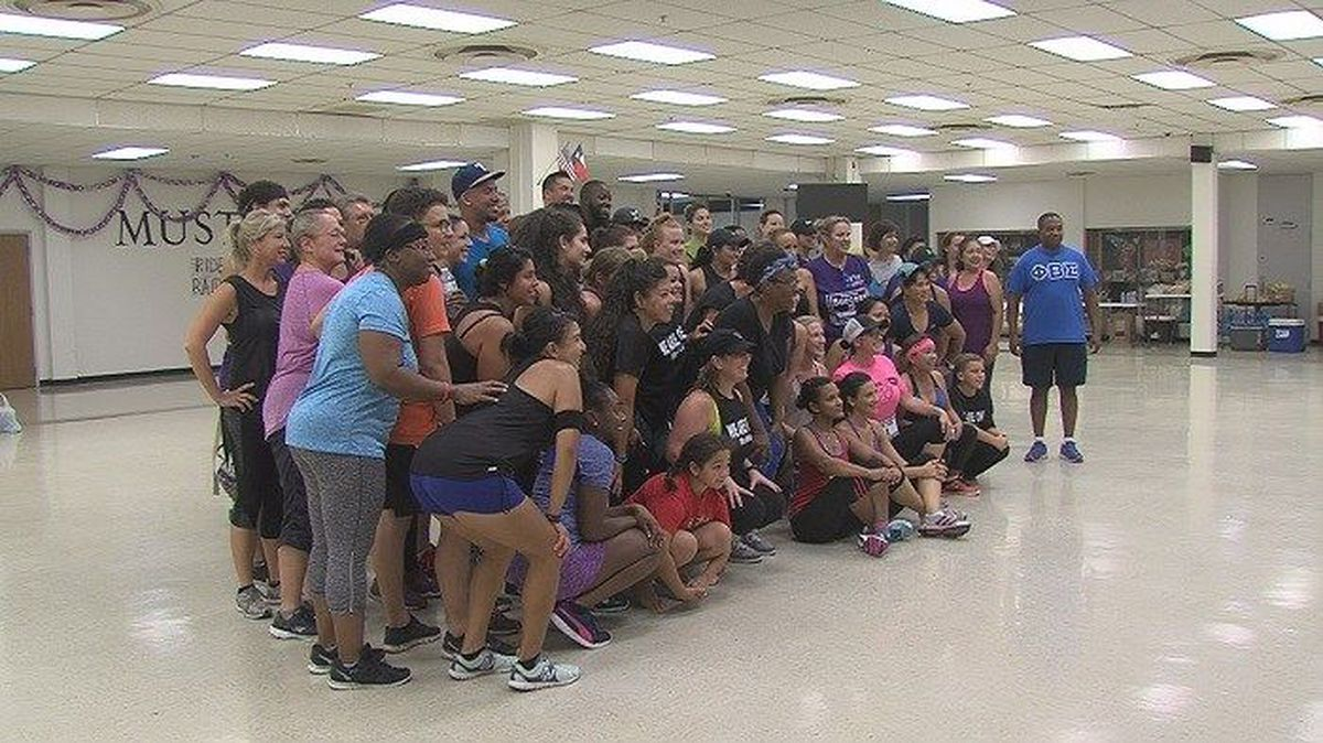 Community comes together to raise money for shooting victims