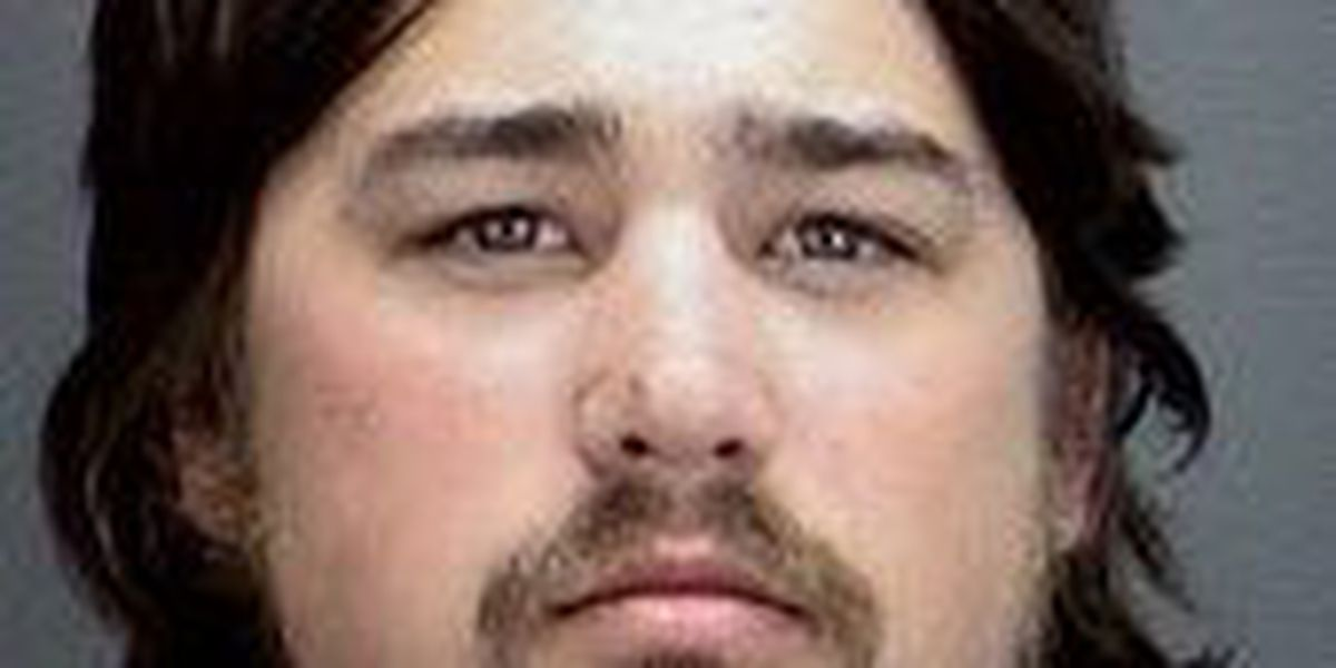 Wichita Falls man arrested for illegal possession of 2 firearms