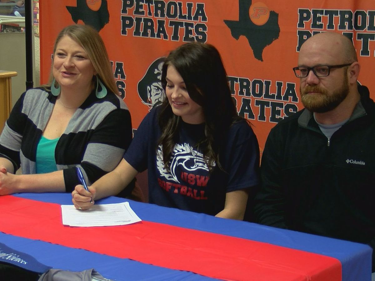 Petrolia's Thereesia Boyd signs with Univ. of the Southwest
