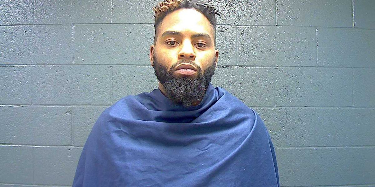WFPD: Man charged with aggravated assault after running vehicle into another