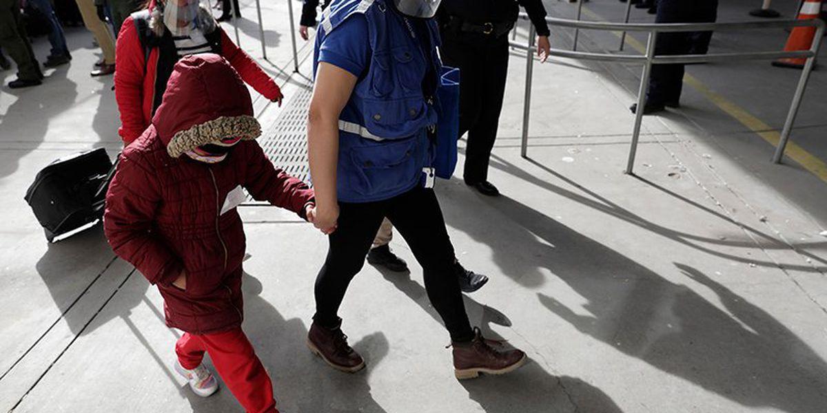 Gov. Abbott letter urges President Biden to prosecute human traffickers, interview minors at border