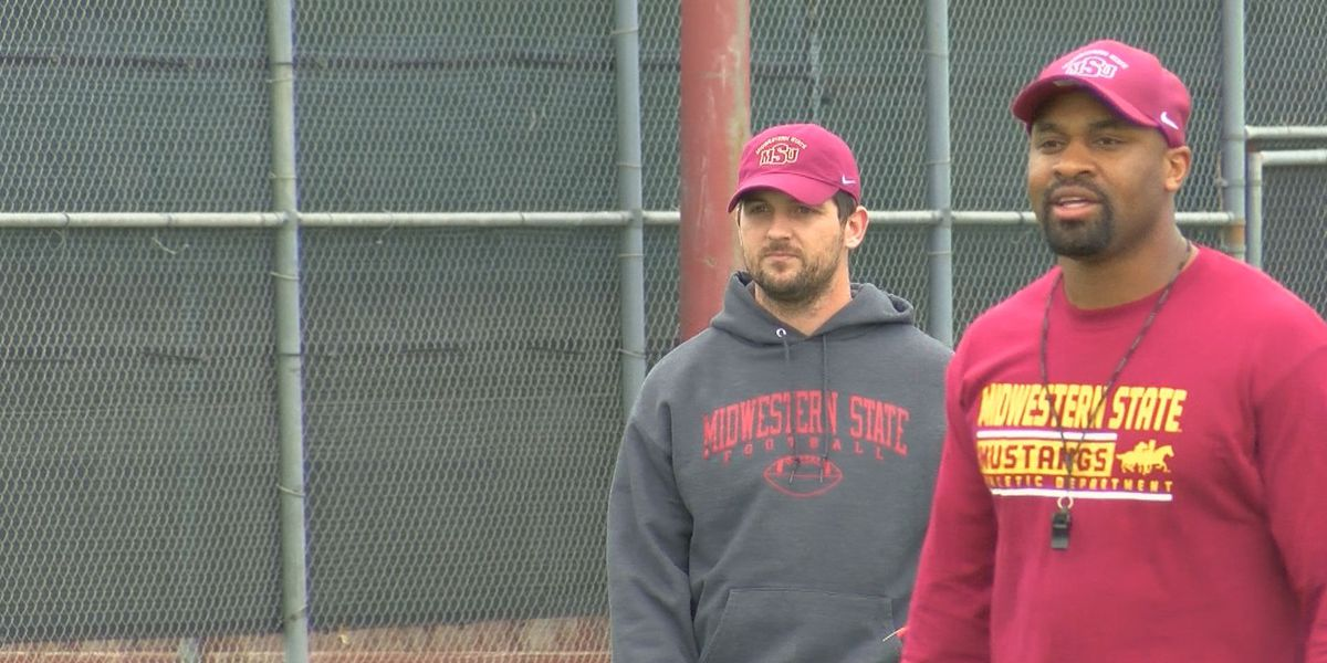 Mdiwestern State names new ast. coaches