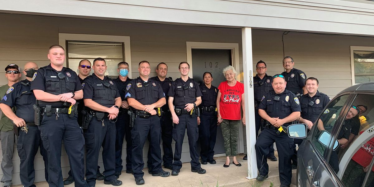 WF police donates groceries to woman following medical emergency
