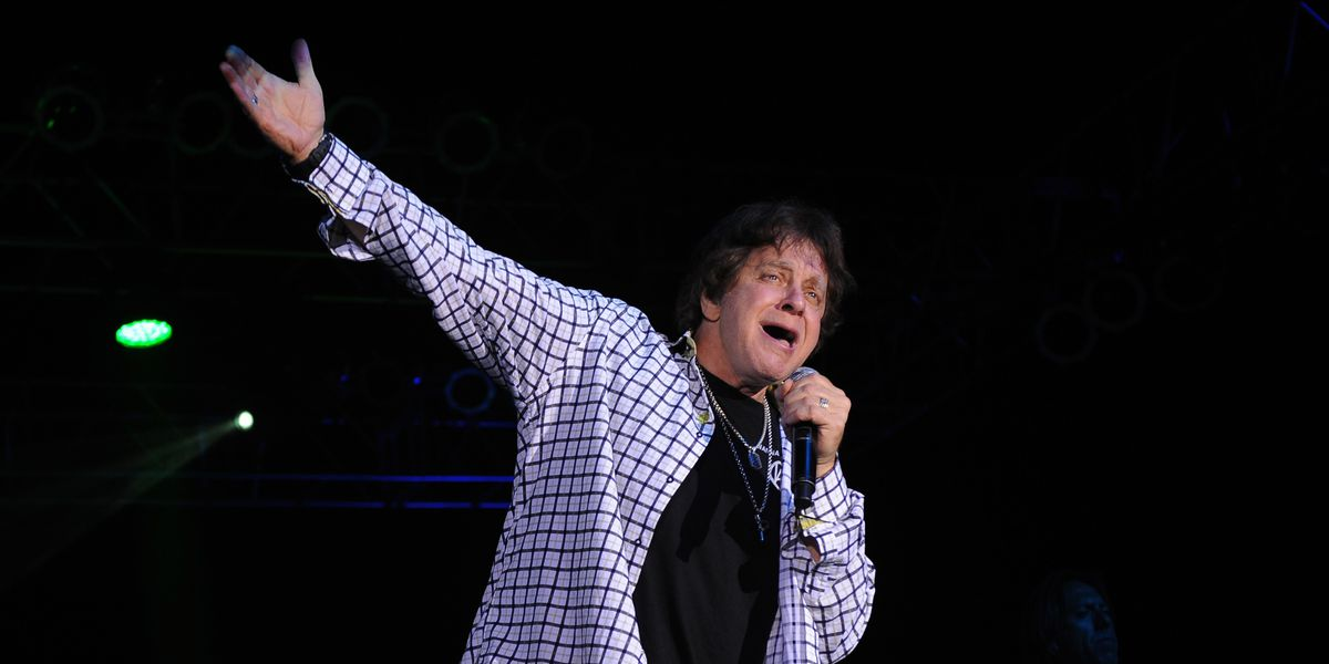Singer Eddie Money dies of esophageal cancer at 70