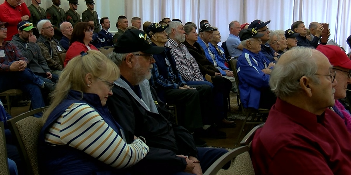 Veterans saluted during opening of Iwo Jima reunion