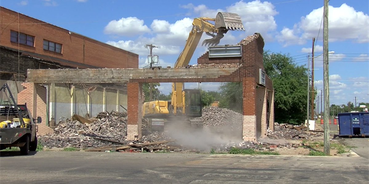 Historical building collapses in Vernon
