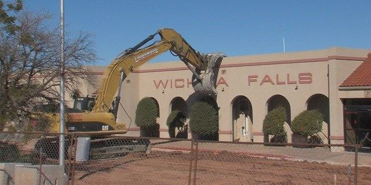 Old Airport Terminal Gets Terminated