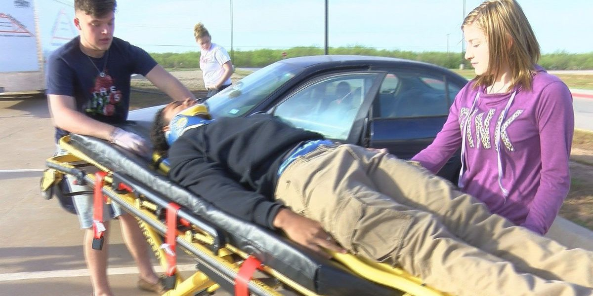 WFISD students learn to save lives while advancing career