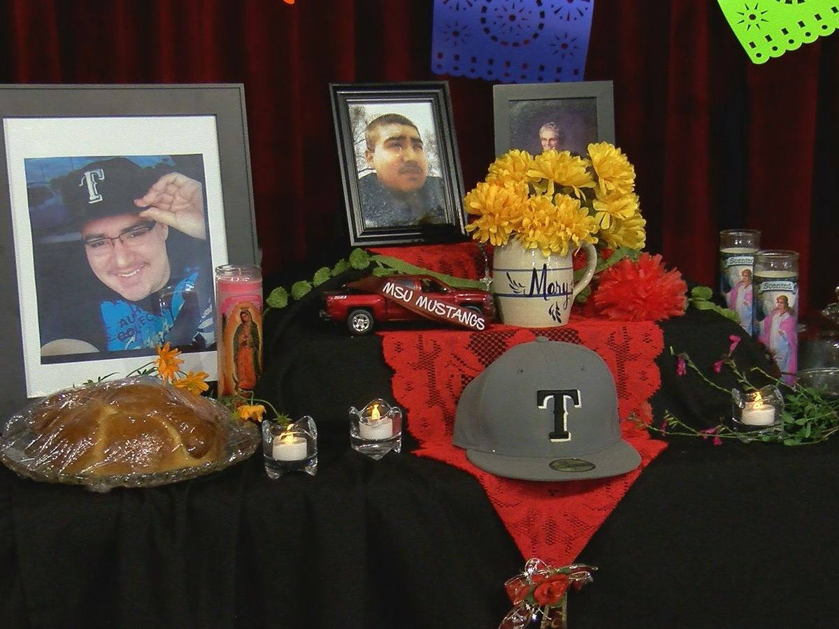 Dia De Los Muertos brings families together