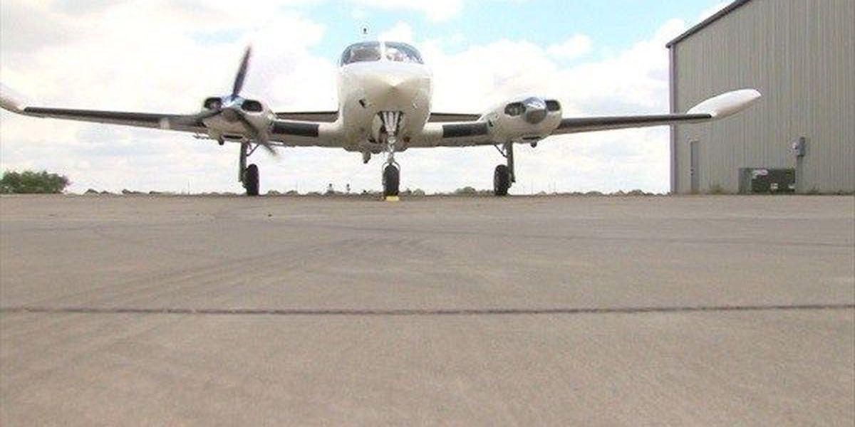 Flight makes emergency landing near Bowie, TX