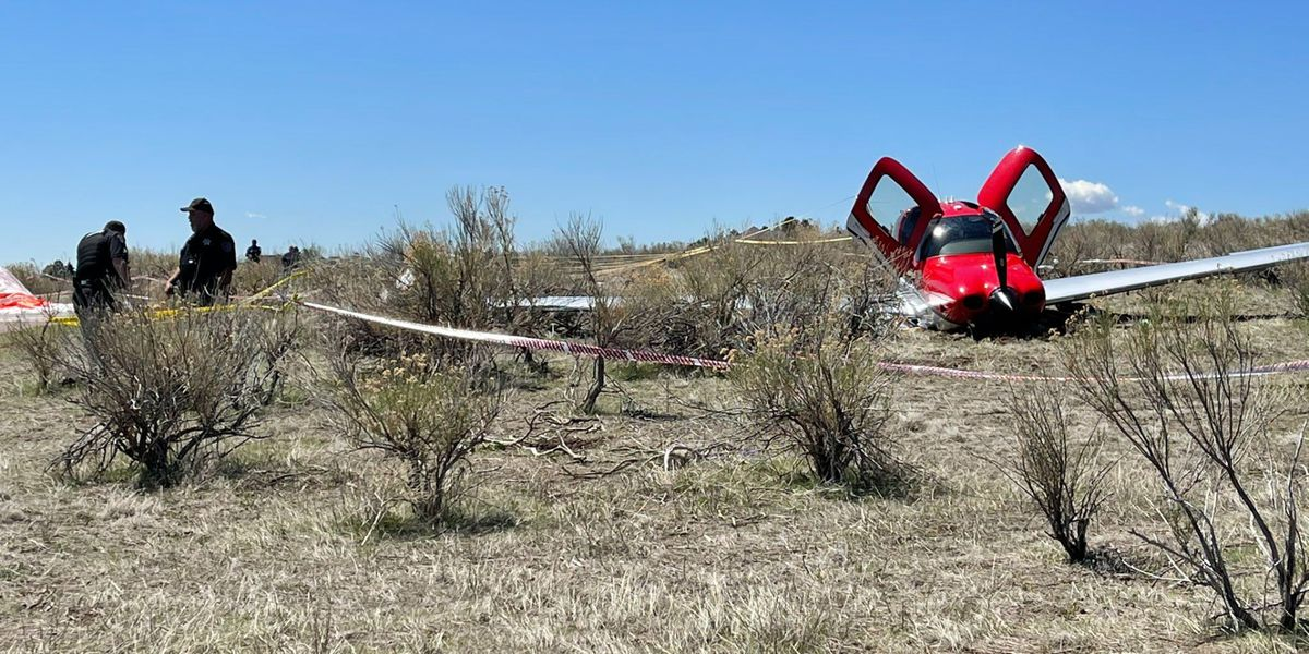 2 planes collide over Colorado, one deployed a parachute