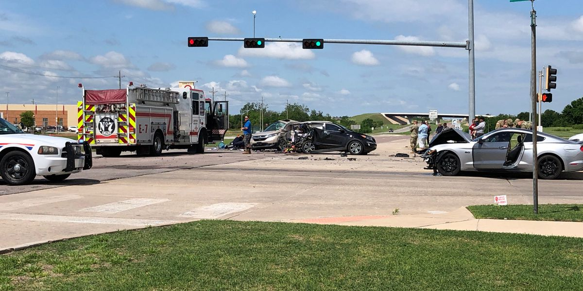 Infant dies days after crash in Lawton