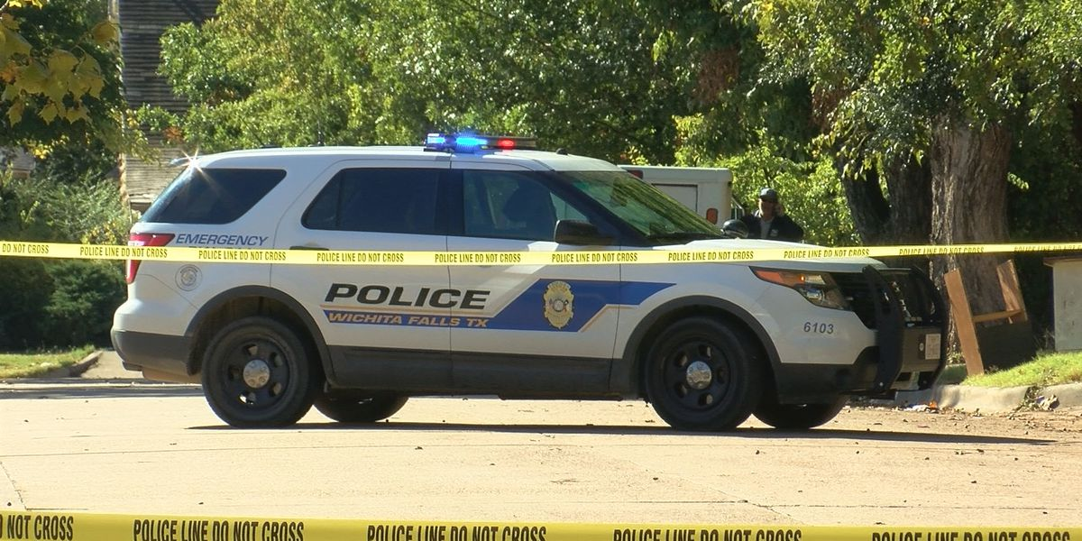 WF police investigating body found on E. Fort Worth Street