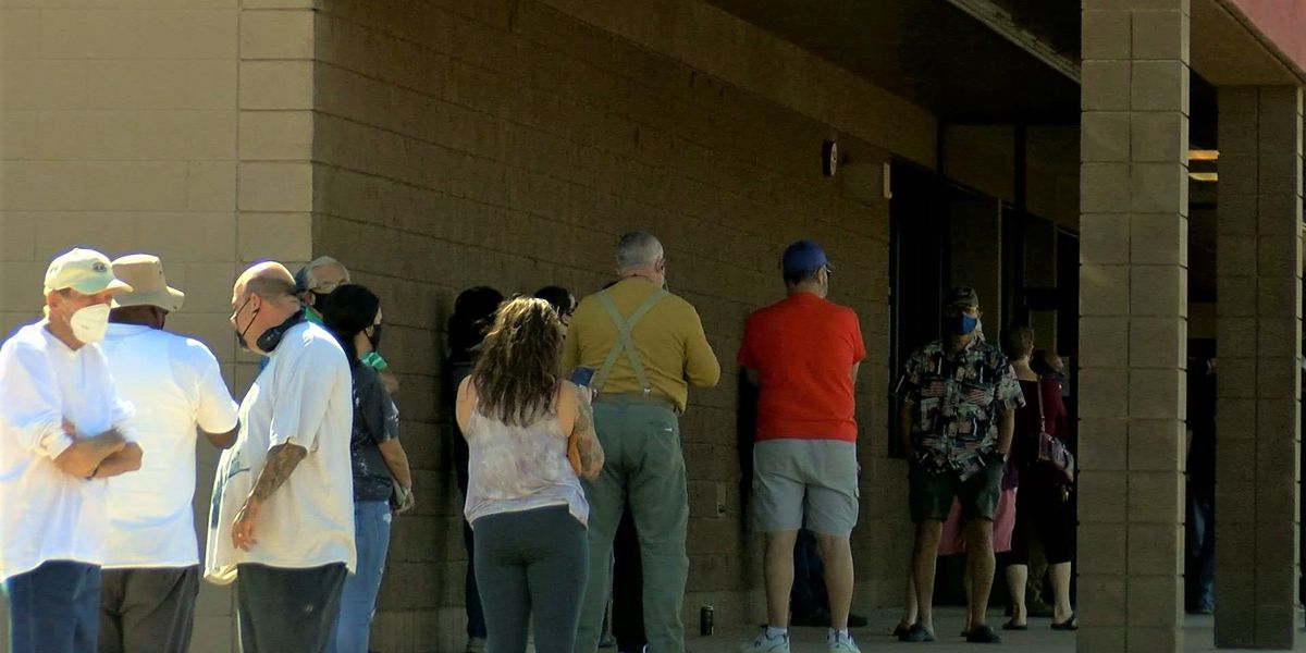First day of early voting runs smoothly