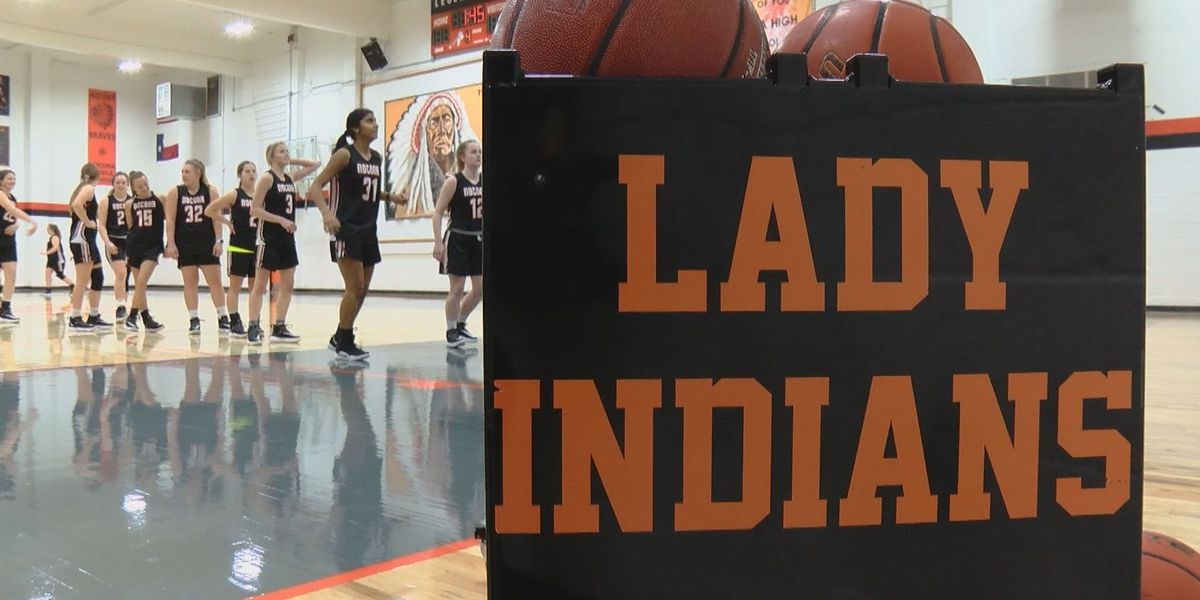 Kleinhans, company leading Nocona to strong district start