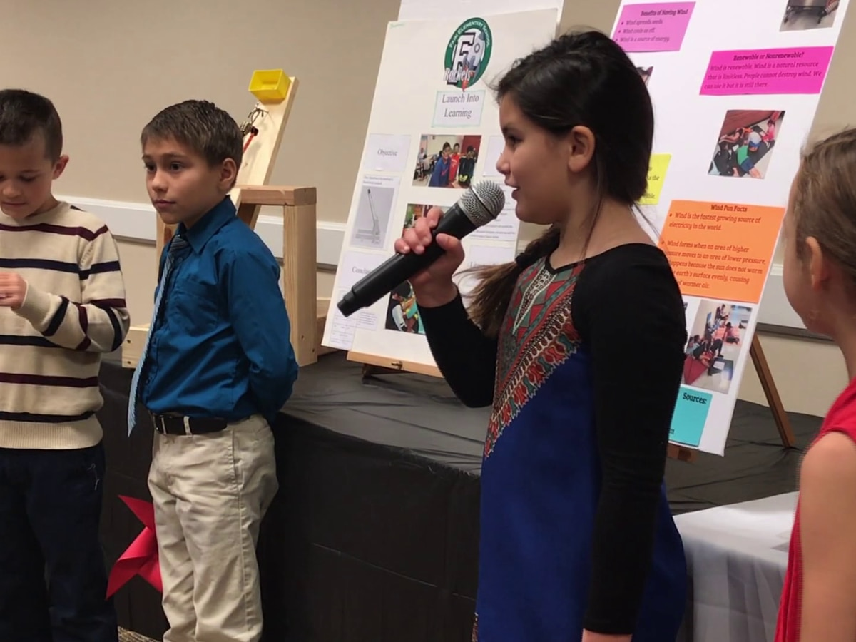 Elementary students present their research projects at MSU
