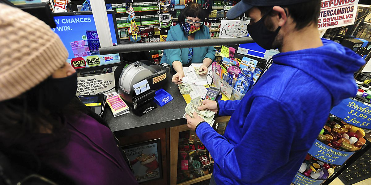 Winning numbers drawn for $640 million Powerball